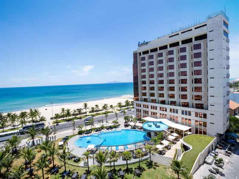 khách sạn Đà Nẵng gần biển holidaybeach