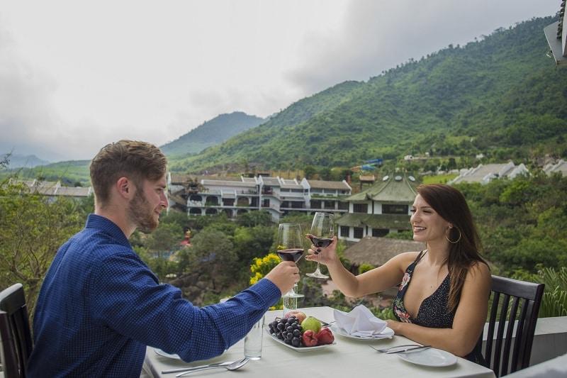 khuyến mãi khách sạn ebisu Núi Thần Tài